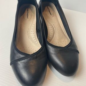 Hush puppies calm size 9.5 leather wedge heels